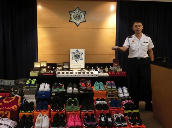 Macau customs nab duo smuggling bogus goods
