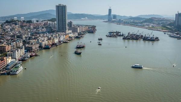 Macau asks Beijing to let it manage coastal waters