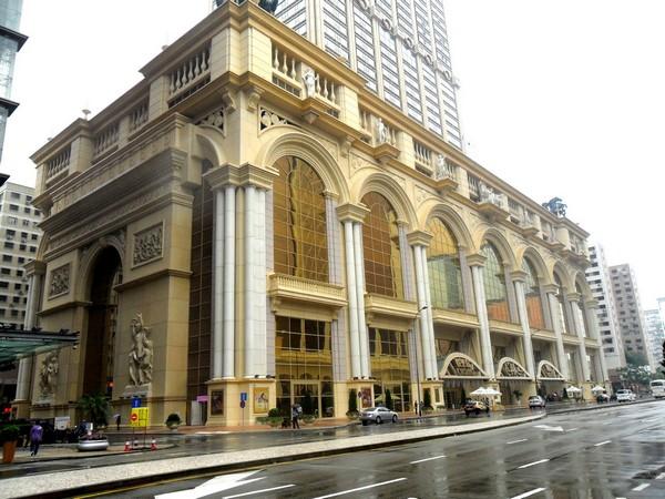 Macau VIP room's high-up steals HK$99.7 million