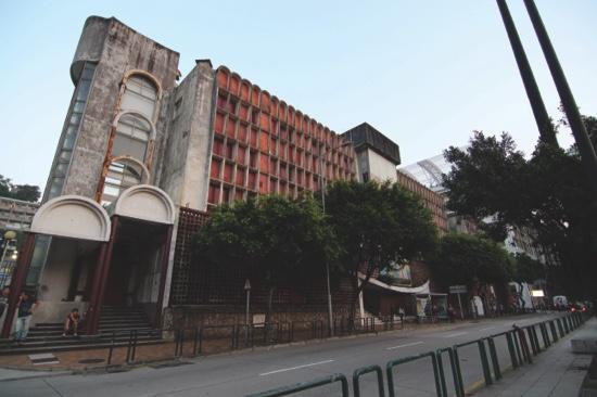 82.7 percent support Macau government plan for Hotel Estoril