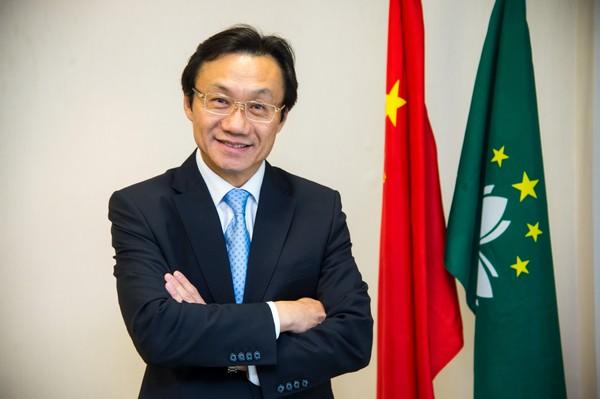 Macau's Secretary for Social Affairs hails hospital improvements and praises cultural heritage