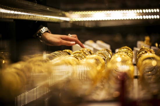 2015 gold jewelry imports in Macau drop 3 percent