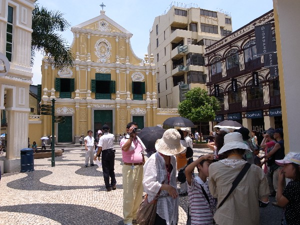 11 million visit Macau in Jan-May, up 7.2 pct