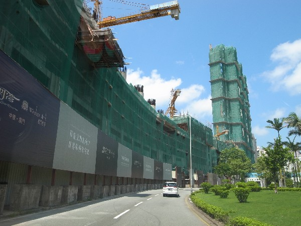 Nearly 6,000 private flats under construction in Macau