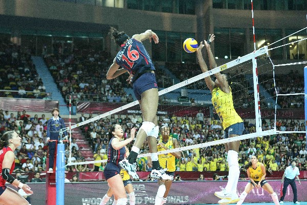 United States takes revenge on Brazil to retain World Grand Prix volley title