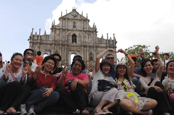 Nearly 776,000 'Golden Week' tourists visit Macau