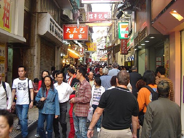 Macau census results hint at ageing population problem