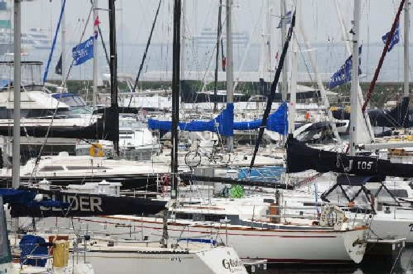 Government vows to launch 'individual travel' scheme for yachts