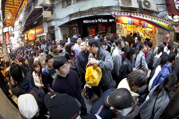 Macau government pledges to consult residents on population policy