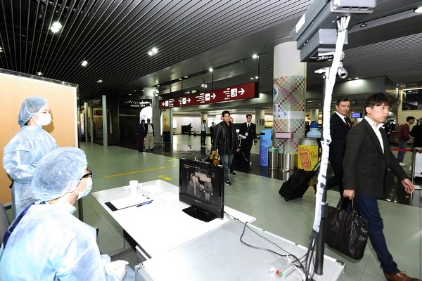 Govt boosts fight against H7N9 with airport checks