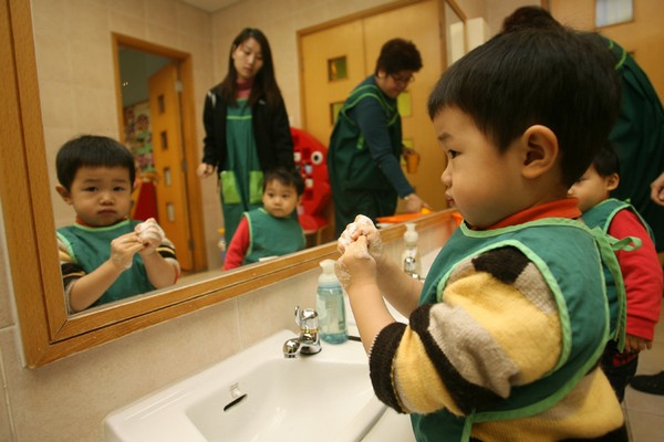 Only 10 crèche places for 18 babies next year: survey