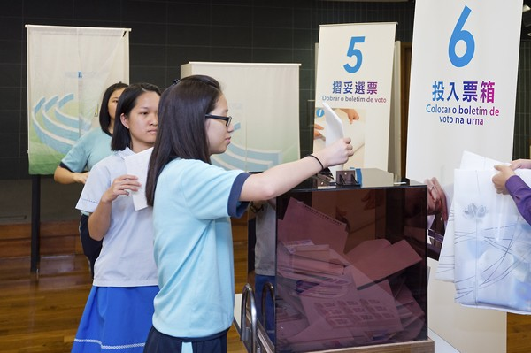 Electoral committee defends its polling booth design