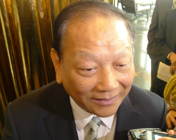 Liaison office chief not worried about more businesspeople in legislature