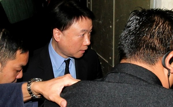 Stephen Lo Kit-sing denies link to disgraced Macau official at graft trial