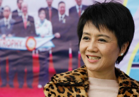 Leong calls for setting-up of community for casino workers
