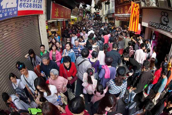 Macau receives one million visitors during CNY holidays