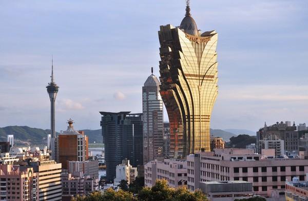 Money laundering huge in Hong Kong and Macau: crime survey
