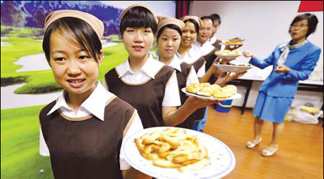 238 applicants can hire mainland maids