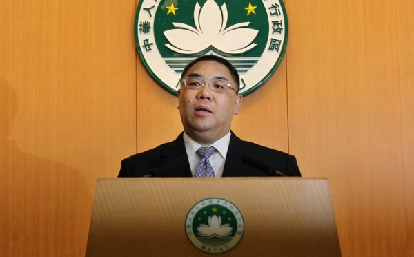 Chui vows to probe 'police vs reporters' row