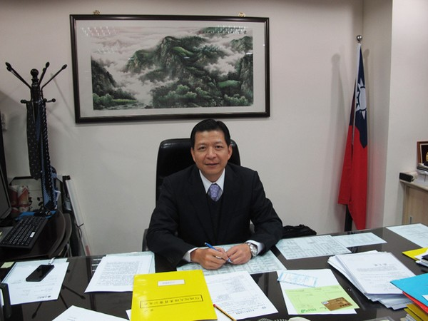 Taiwan's top rep calls for better information exchange