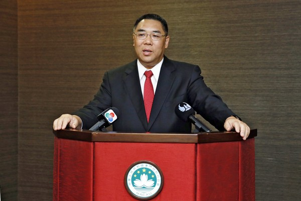 Chui upbeat about longer border crossing hours this year
