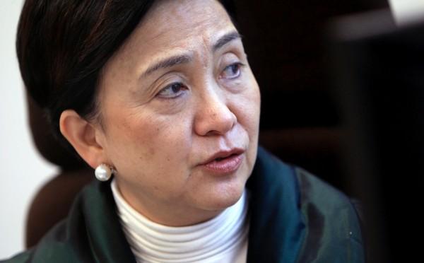 Pan-democrat lawmaker Emily Lau turned away from Macau