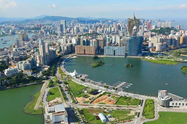 Macau cash handout centre starts operating today
