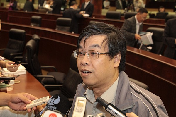 Lawmaker calls for direct election to municipal organs in Macau