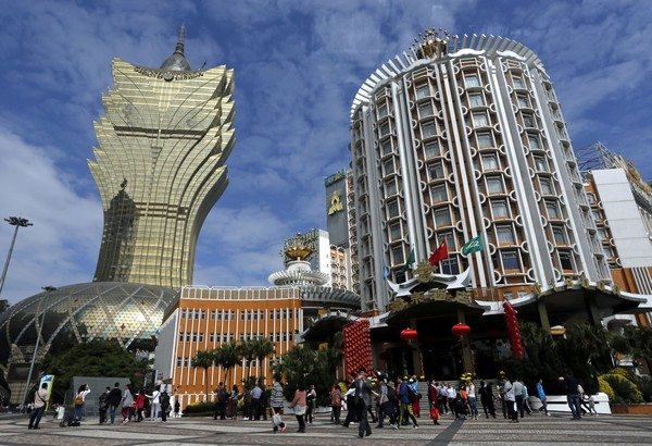 IMF says Macau economy to contract 7.2 per cent in 2016