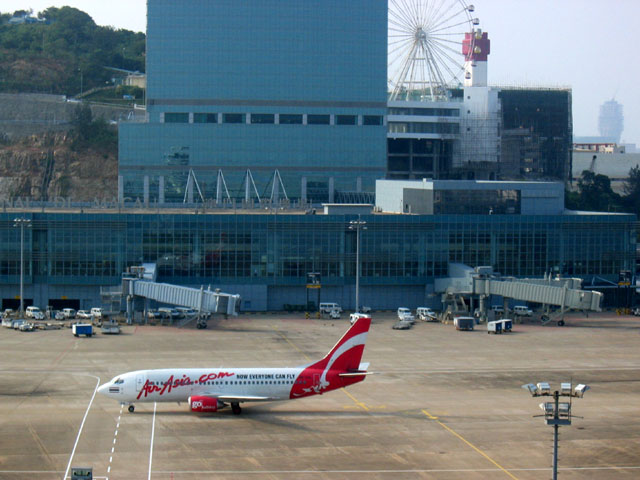 Macau airport's passengers down 22 pct in 1st half year