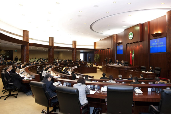 2011 Macau budget foresses 22 billion patacas surplus