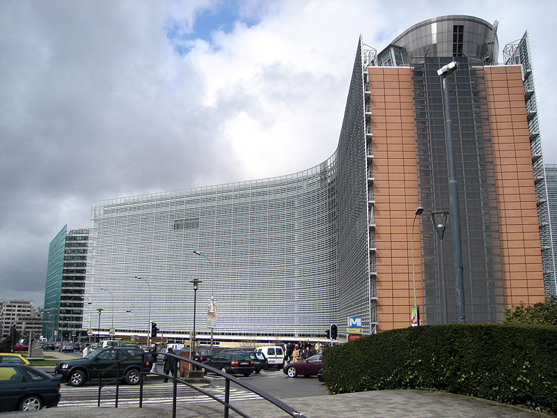EC positive about Macau in 2008 report, but warns against affects on fundamental freedoms