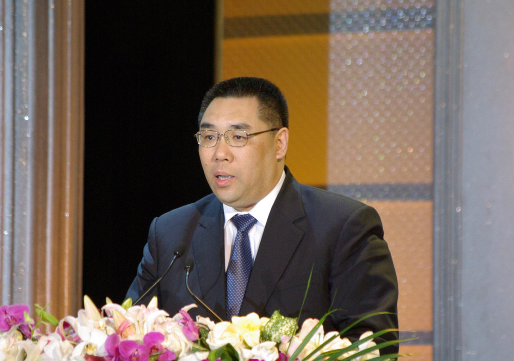Chui Sai On ready to resign from the government and run for Chief Executive post