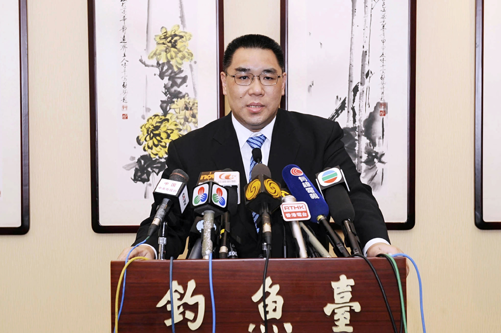 Combat corruption and support Macau's economy are challenges facing Chui Sai On – EIU report