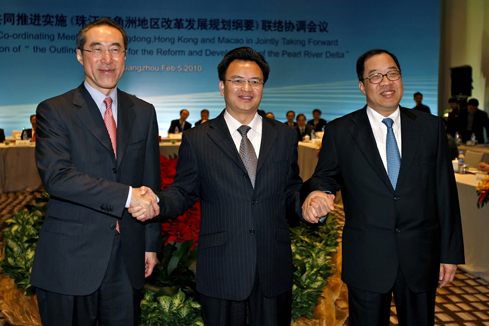 Macau will push forward cooperation in the Pearl River Delta  with Guangdong and Hong Kong