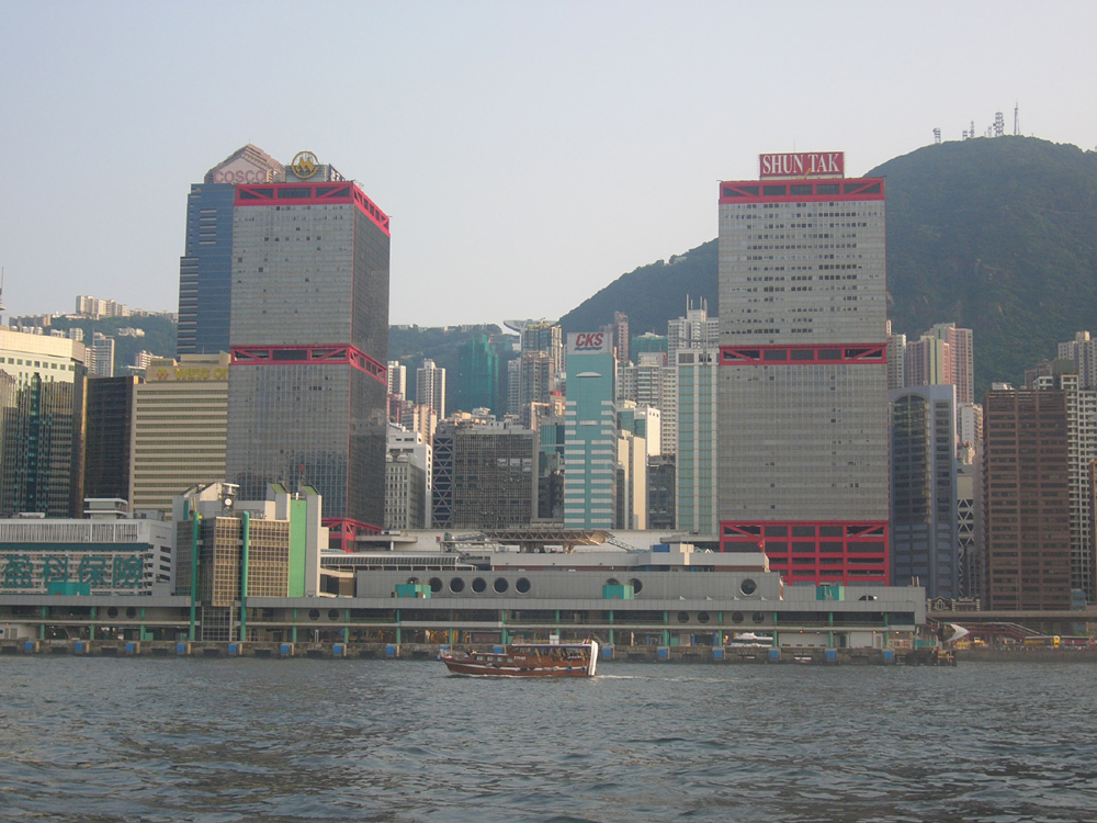 """Macau permanent residents to use """"e-channels"""" to enter Hong Kong"""