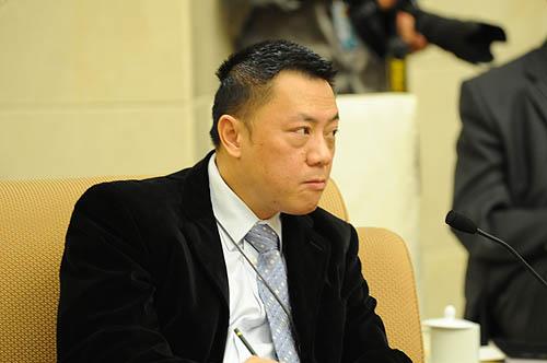 "Macau deputy to the NPC calls for inclusion of Macau's ""platform"" role in mainland's next five-year"