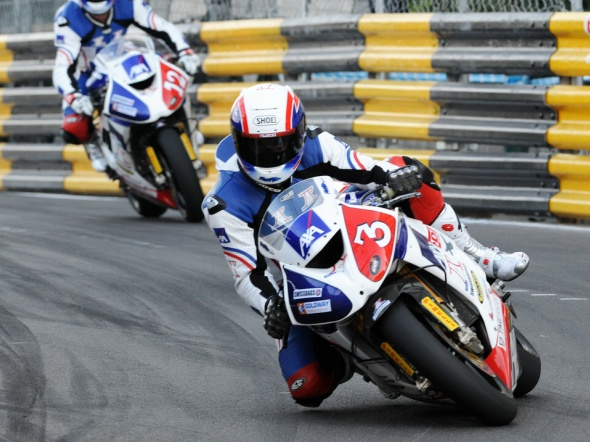 Rutter dominates for eighth win the 2012 Motorcycle Macau GP