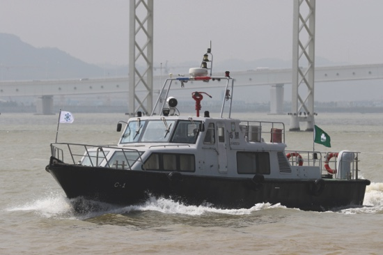 Macau Customs Service catch more people trying to cross border illegaly