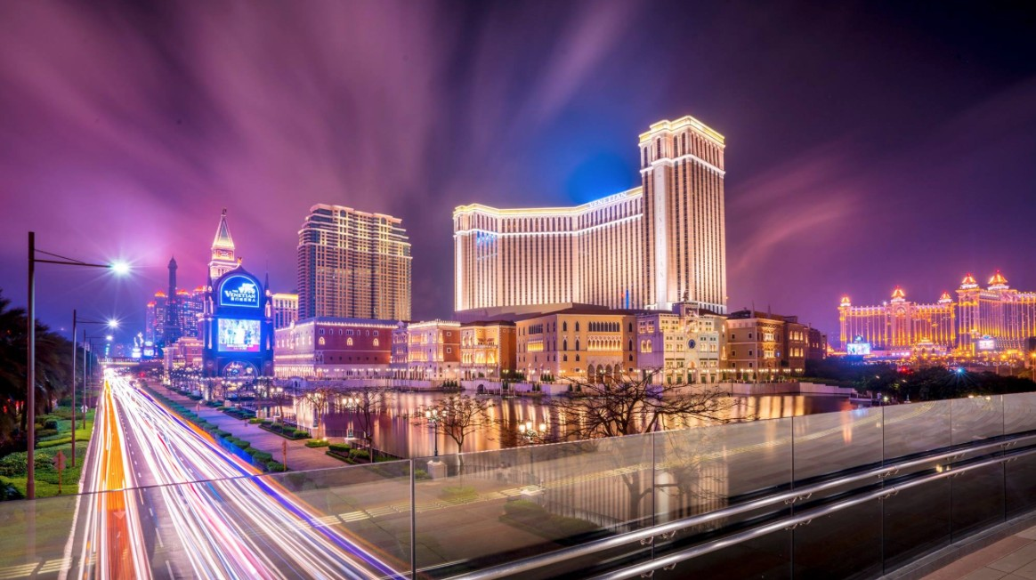 Macau's April casino revenue falls 9.5 per cent in April