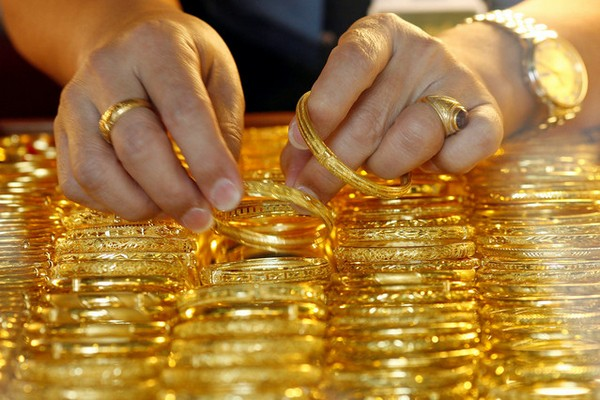 Gold jewellery imports top 10 billion patacas in 2014