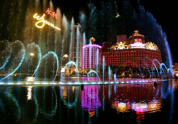 Macau's GDP shrinks 0.4 percent in 2014 – down 17 percent in Q4