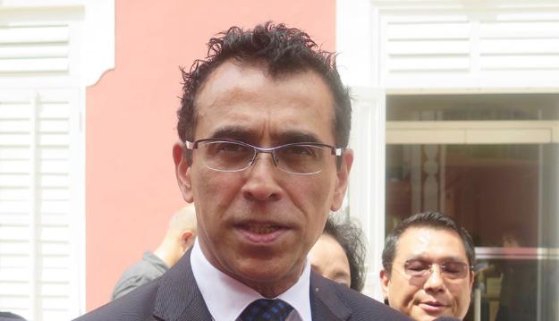 Lawmaker calls for 12,000 patacas cash handout to Macau residents