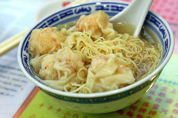 Group urges Macau government to monitor local online food shops