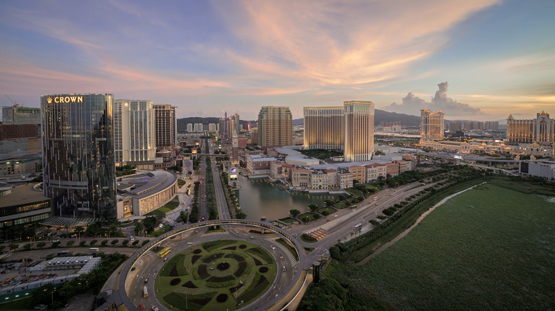 Macau's gaming industry reverses slump in August