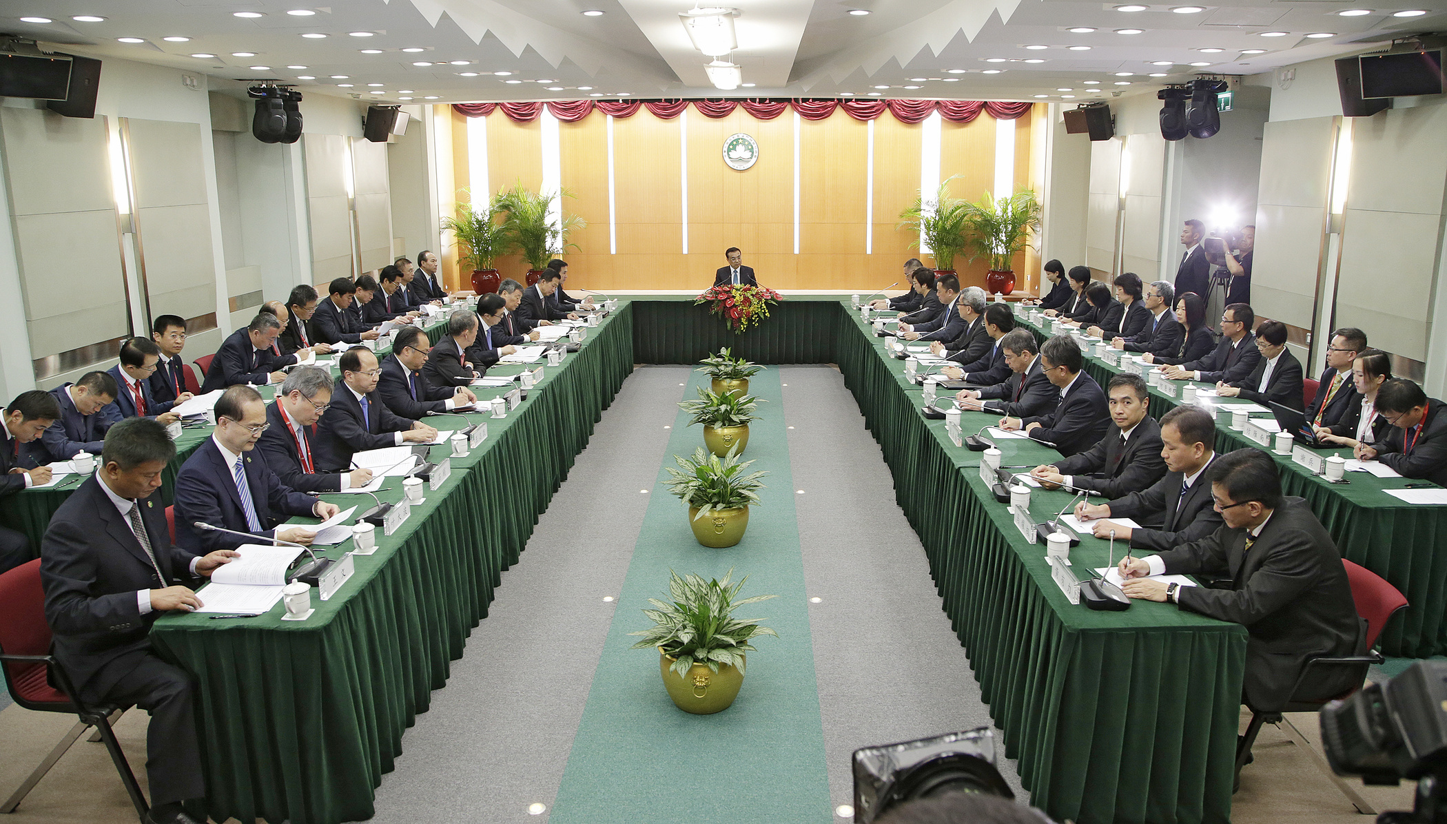 Central government launches 19 measures to support Macau