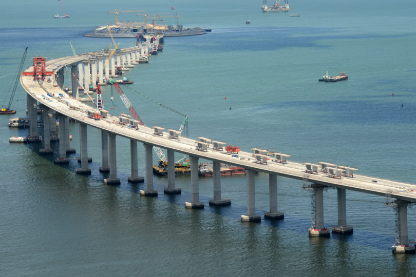 HK-Macau Bridge checkpoint ready by end of 2017