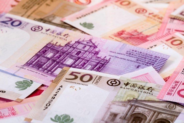 Macau cash handouts