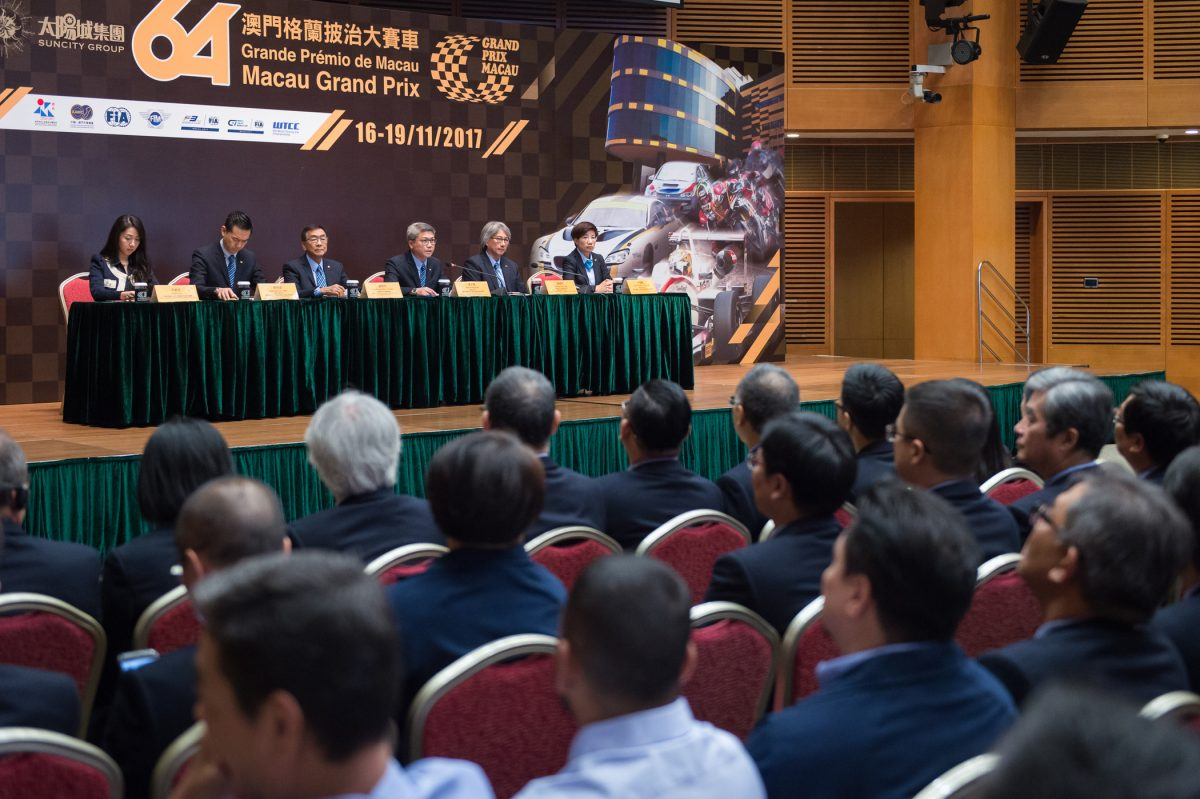 Only motor race meeting in the world to host three major events simultaneously
