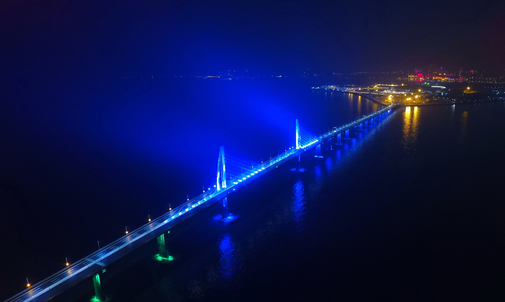 Work on main section of Hong Kong-Zhuhai-Macao Bridge to end in February